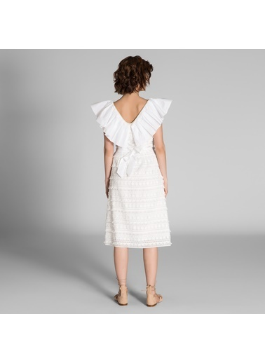 Vekem-Limited Edition Volan Yaka Detaylı Brode Elbise Beyaz